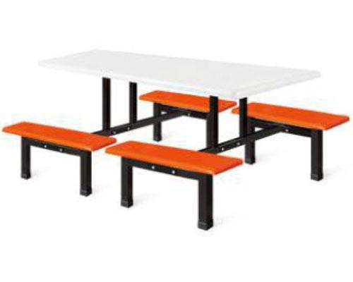 八人位长条餐桌