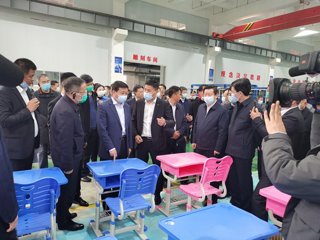 市委书记肖毅同志莅临工厂考察调研
