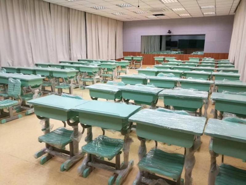 学生课桌椅厂家建议学生课桌椅如何选择